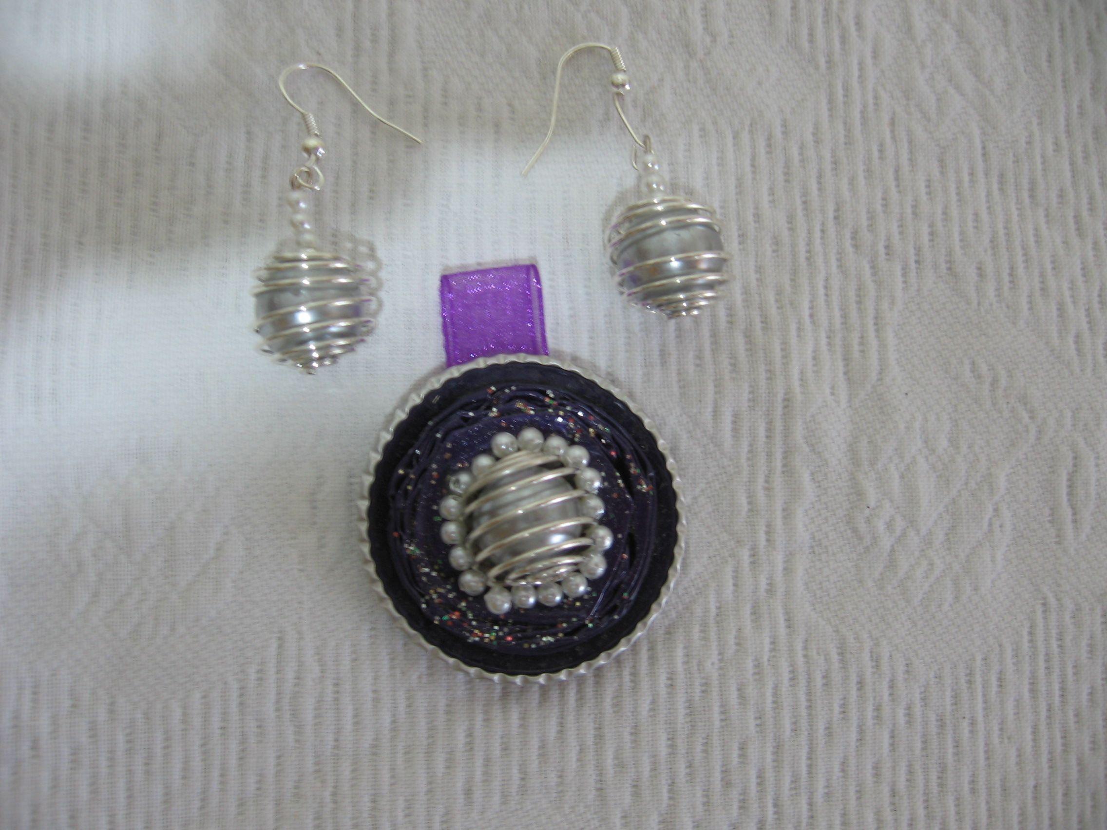 Ciondolo e orecchini con perlona - fatti con capsule Nespresso