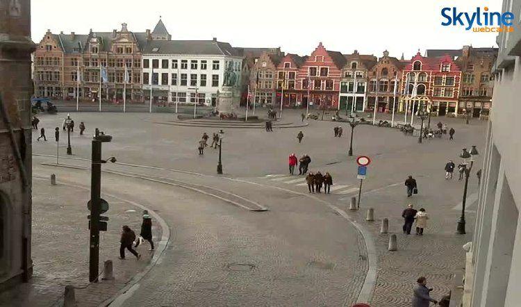 Live Cam Market Square in Bruges
