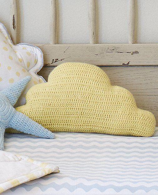 handknit cloud pillow from hannaandersson kissen pillows pinterest kissen stricken. Black Bedroom Furniture Sets. Home Design Ideas