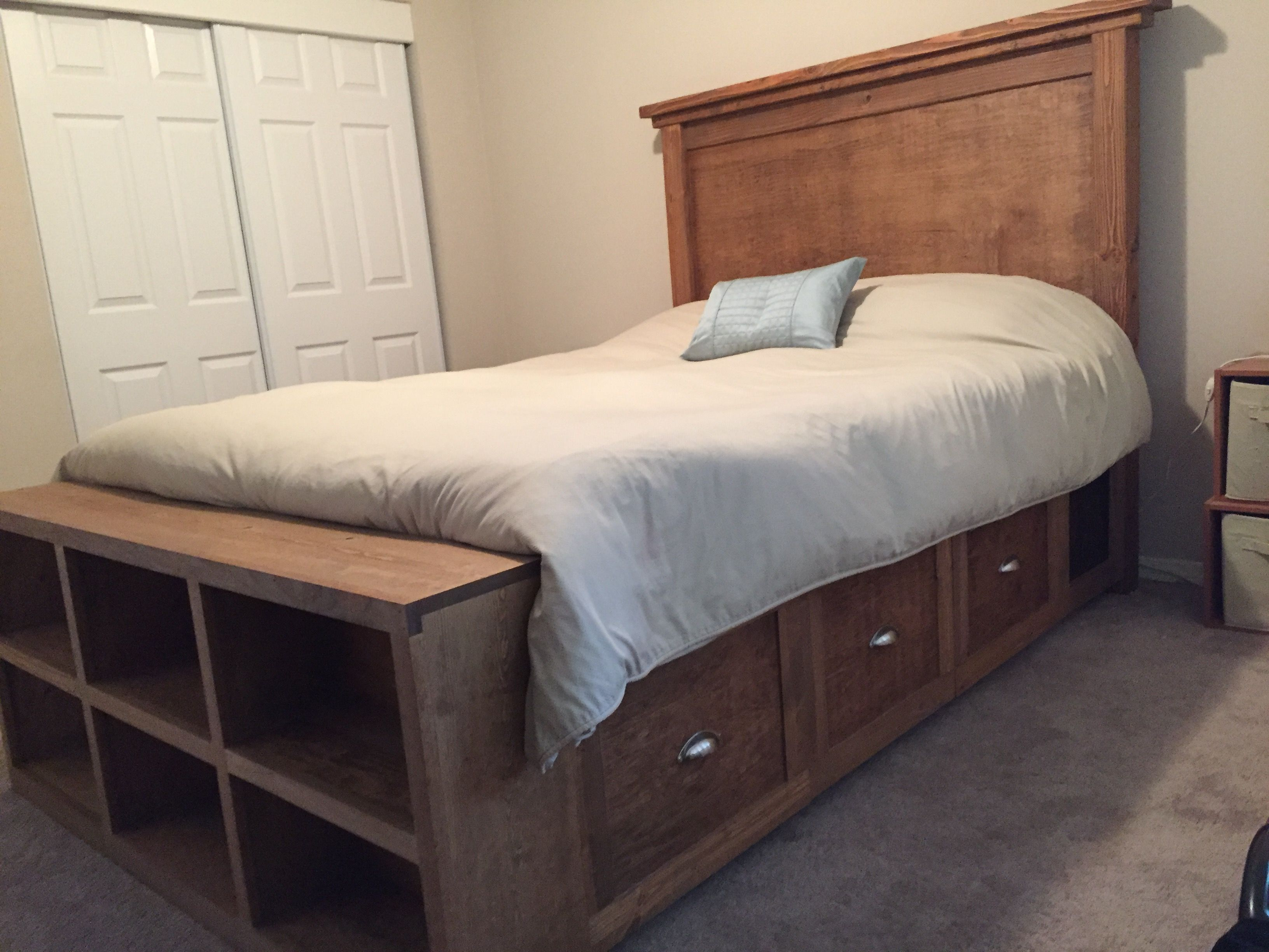 Farmhouse Bed with Storage and Bookshelf footboard | Do It Yourself ...
