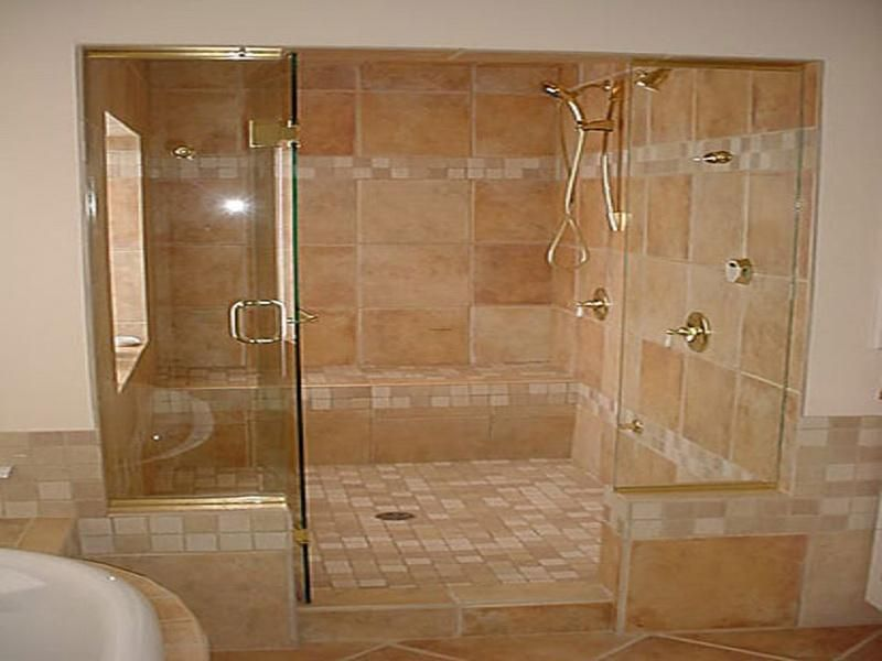 Doorless in walk tile shower walk in shower ceramic tile for Walk in shower without glass
