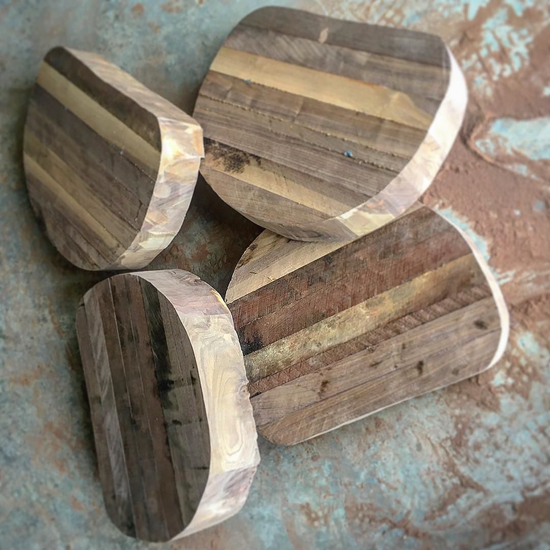 Stupendous Rough Shaping Of The Saddle Stool Tops Say That Five Theyellowbook Wood Chair Design Ideas Theyellowbookinfo