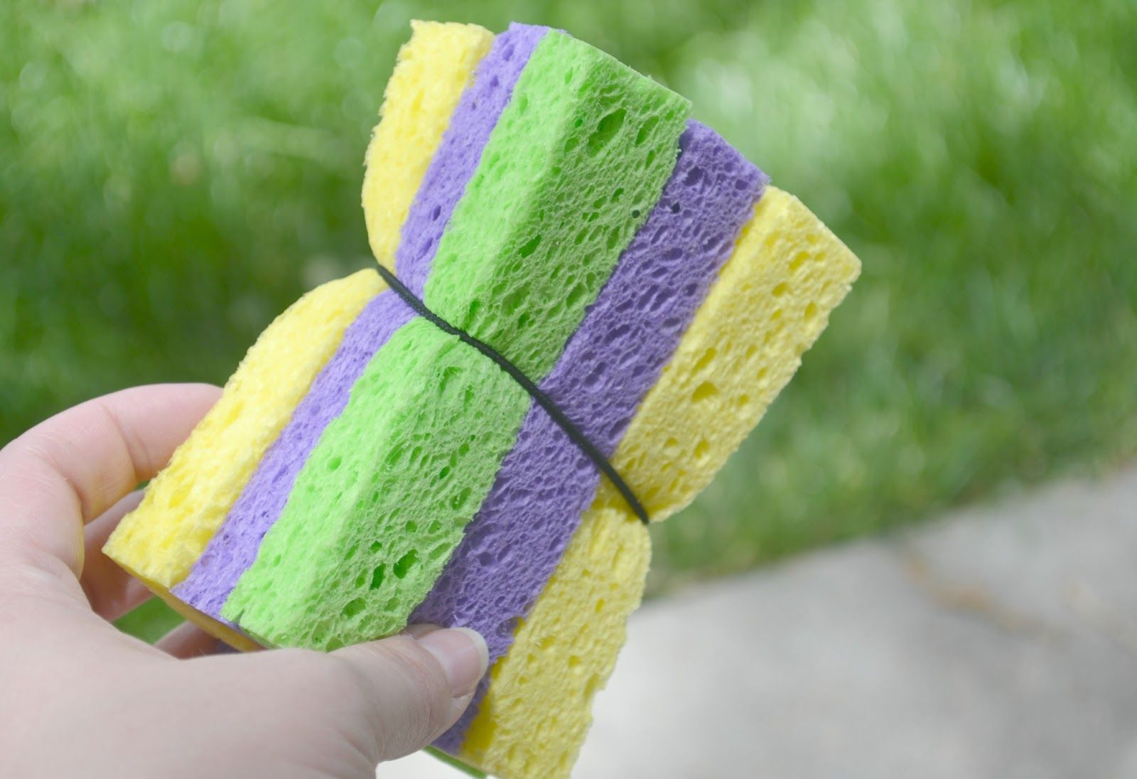make your own sponge bombs kid backyard games and sponge bombs