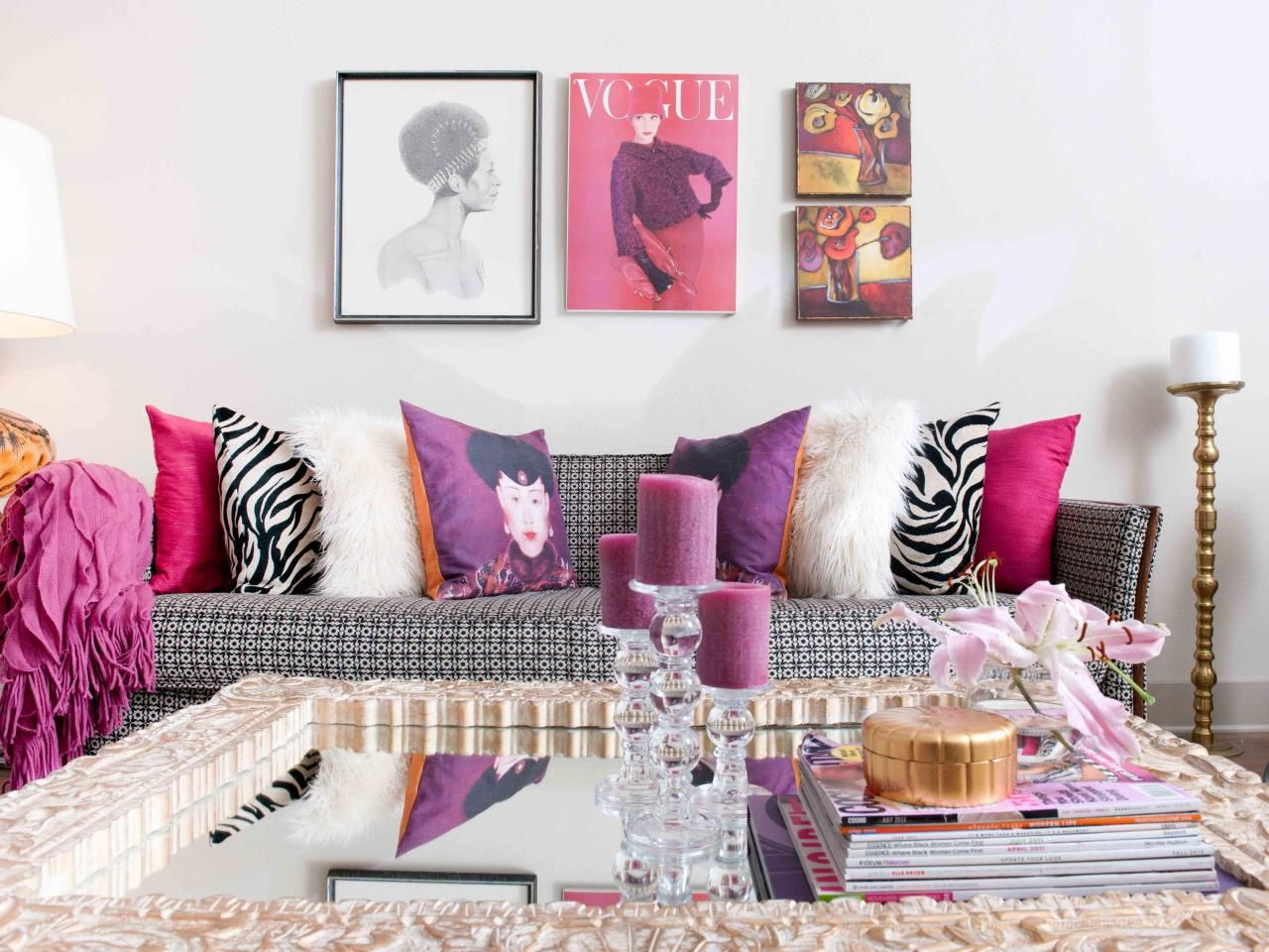 Black and white and pink living room - The Black And White Pattern Sofa In This Modern Living Room Is Complemented By