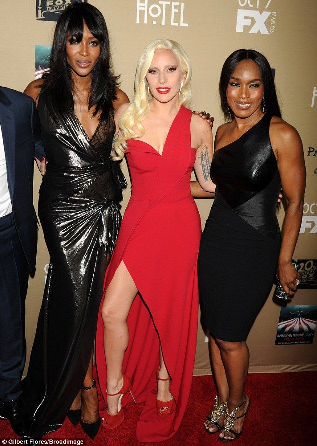 The New Cast Gaga Also Posed With Naomi Campbell L And Angela Bett Who Ear In Show Too
