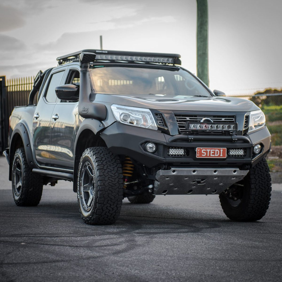 The Stedi St2k Series 40 5 Inch 16 Led Curved Light Bar Has Been Built For A Different Purpose The Reflector Style Nissan Navara Led Light Bars Nissan Trucks