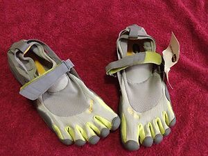 Vibram FiveFingers Men's KSO MultiSports Shoes Grey/Palm/Clay SIZE 40