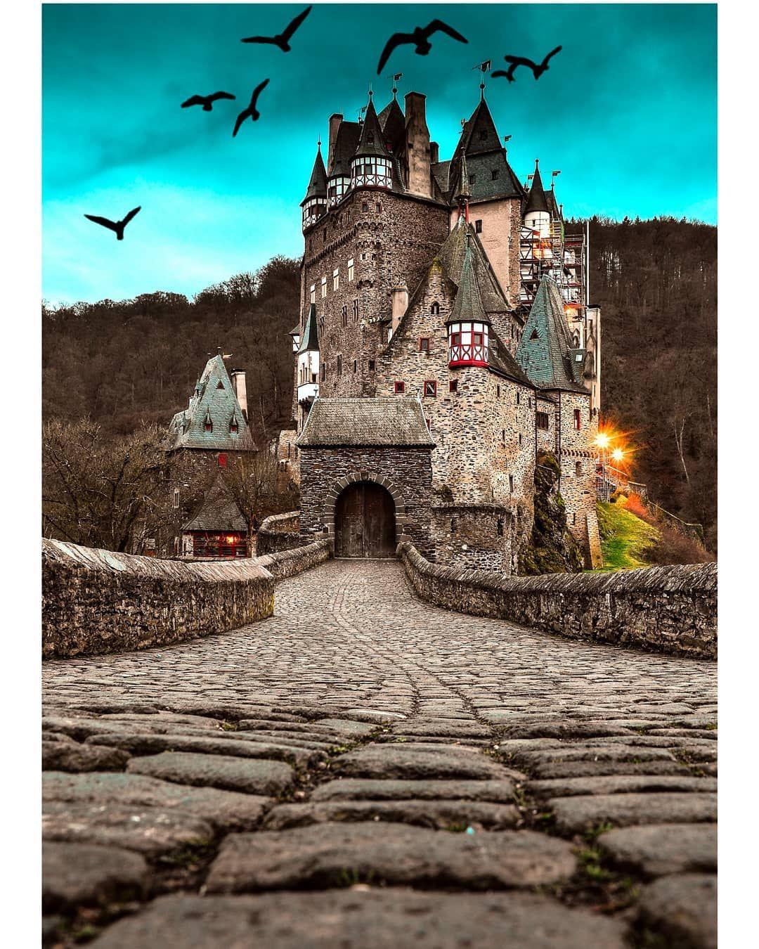 Gefallt 117 Mal 19 Kommentare Aaron Dueck Dueckaaron Auf Instagram Burg Eltz Aaronphotograph Nikon D7000 Nikond7000ph Instagram Burg Nikon