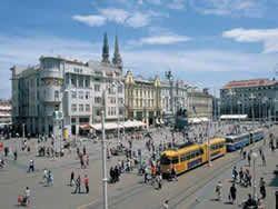 Ban Josip Jelacic Square The Main Square In Zagreb Croatia Travel Zagreb Croatia