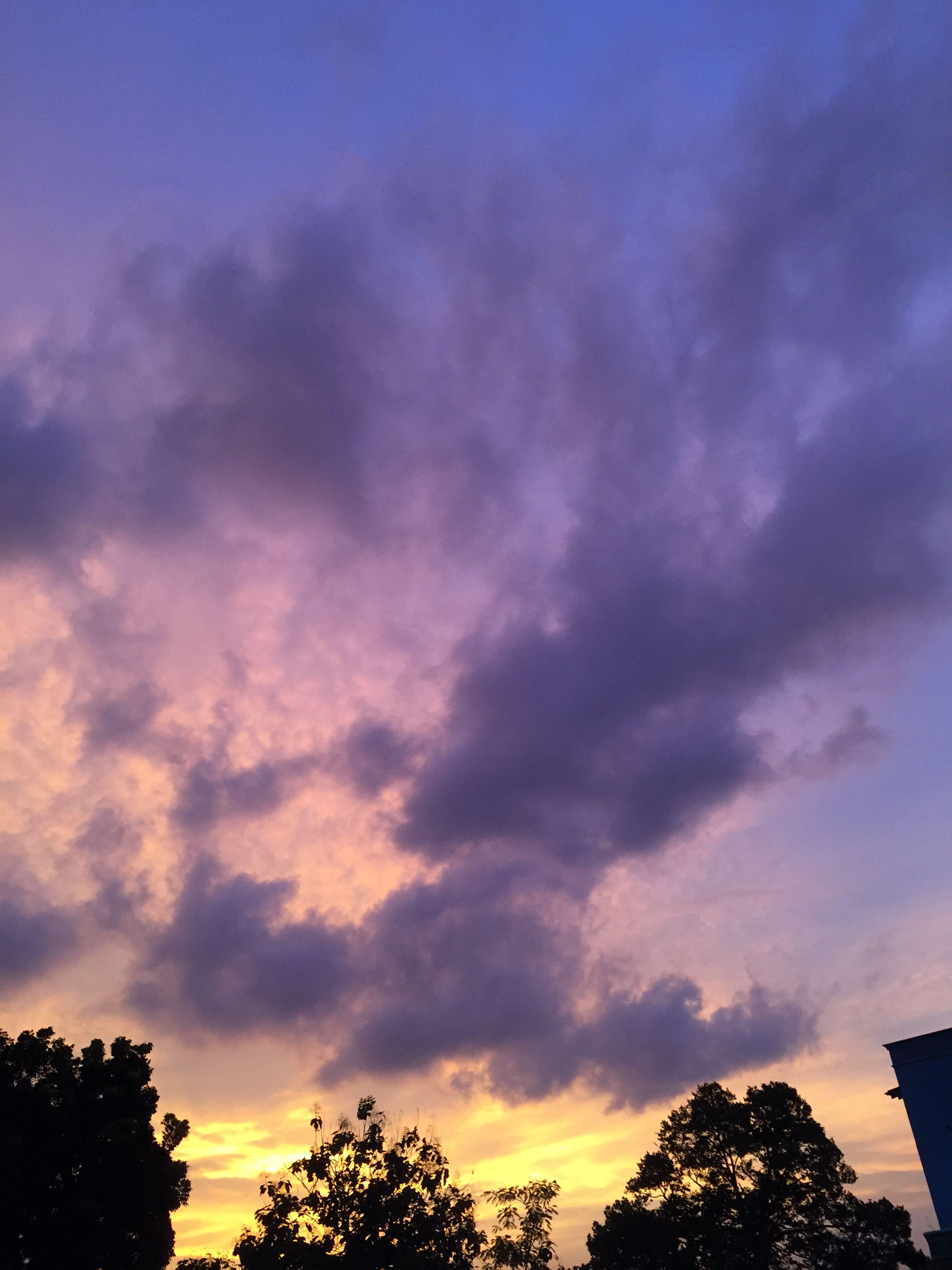 awan di sore hari pemandangan fotografi alam latar