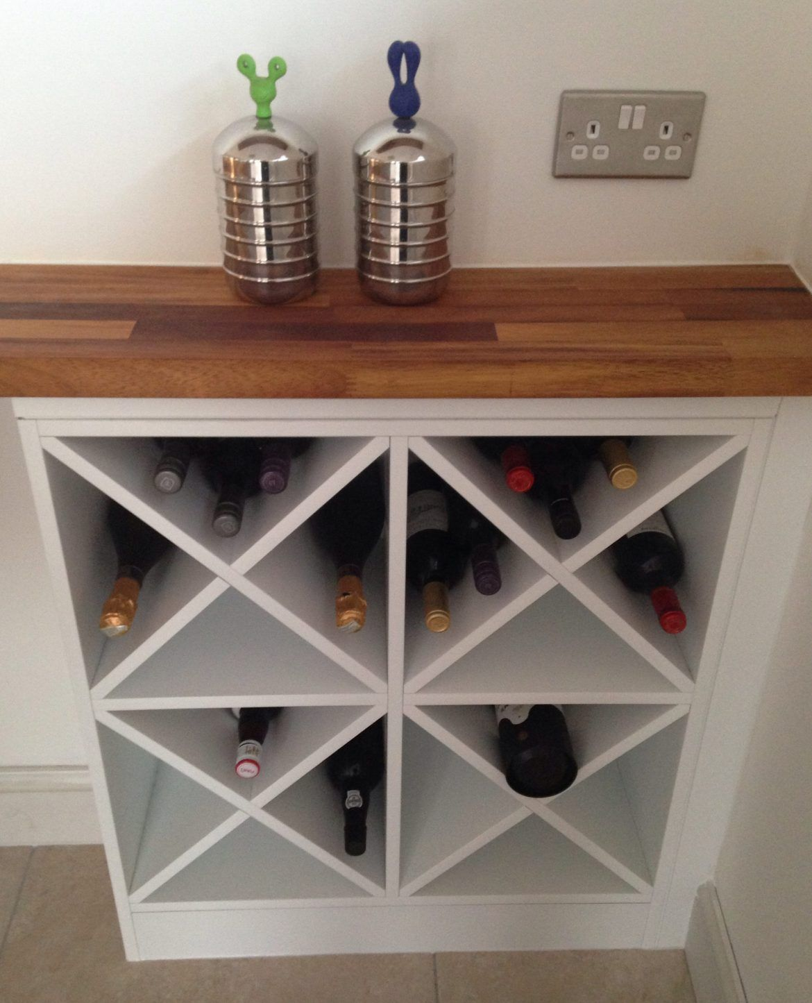 X Shaped Wine Rack Kitchendecor Kitchen Homedecor Interiordecor Decorsnob Wine Rack Cabinet Wine Rack Plans Homemade Wine Rack