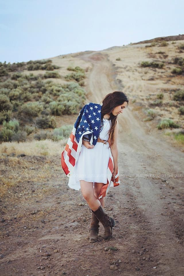 Liza James Photography   4th of July American Flag  Portrait
