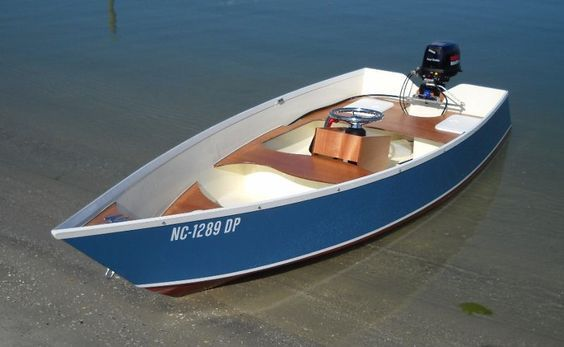 Lovely home made wooden boat build for Plywood fishing boat plans