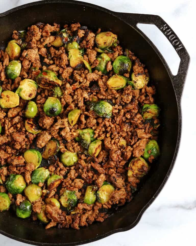 20 Minute Sweet Chili Ground Beef And Brussels Sprouts Skillet In 2020 Healthy Ground Beef Cooking With Ground Beef Ground Beef Chili