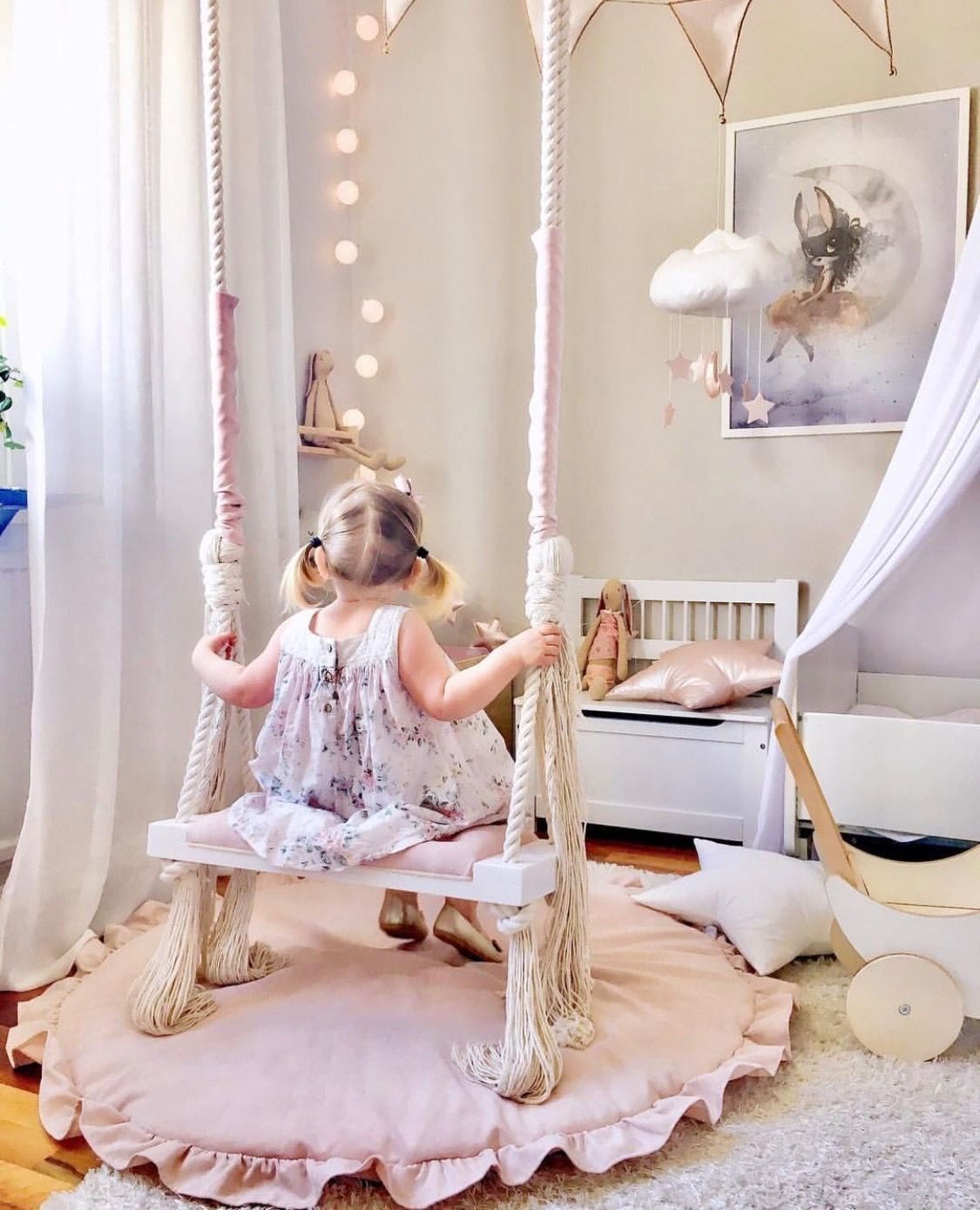 15 Outrageously Cool Swings For Your