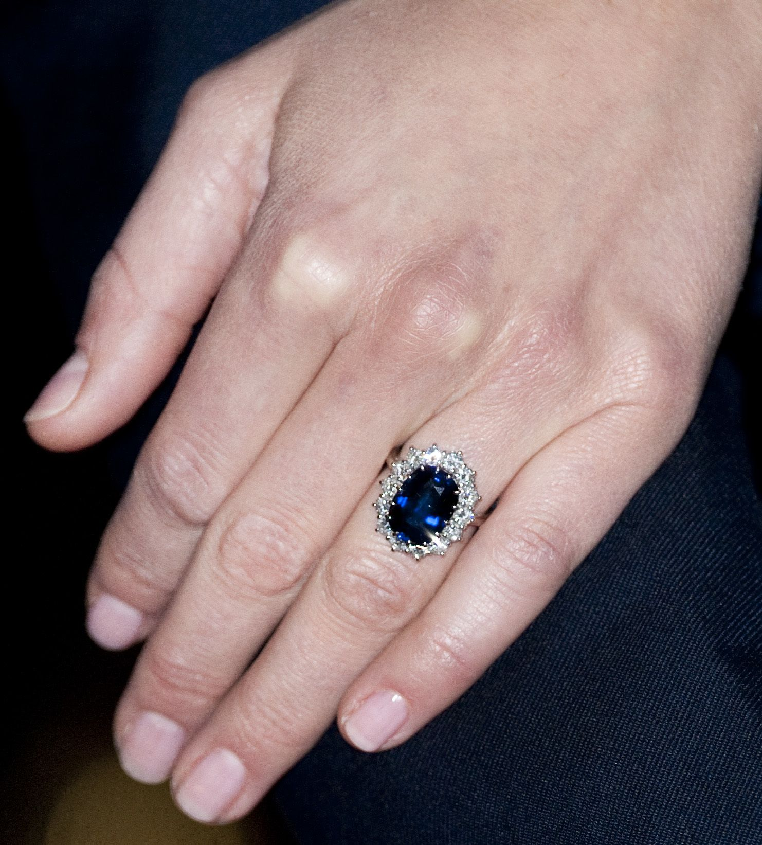 sapphire diamond heat ring no ceylon cabochon and carat