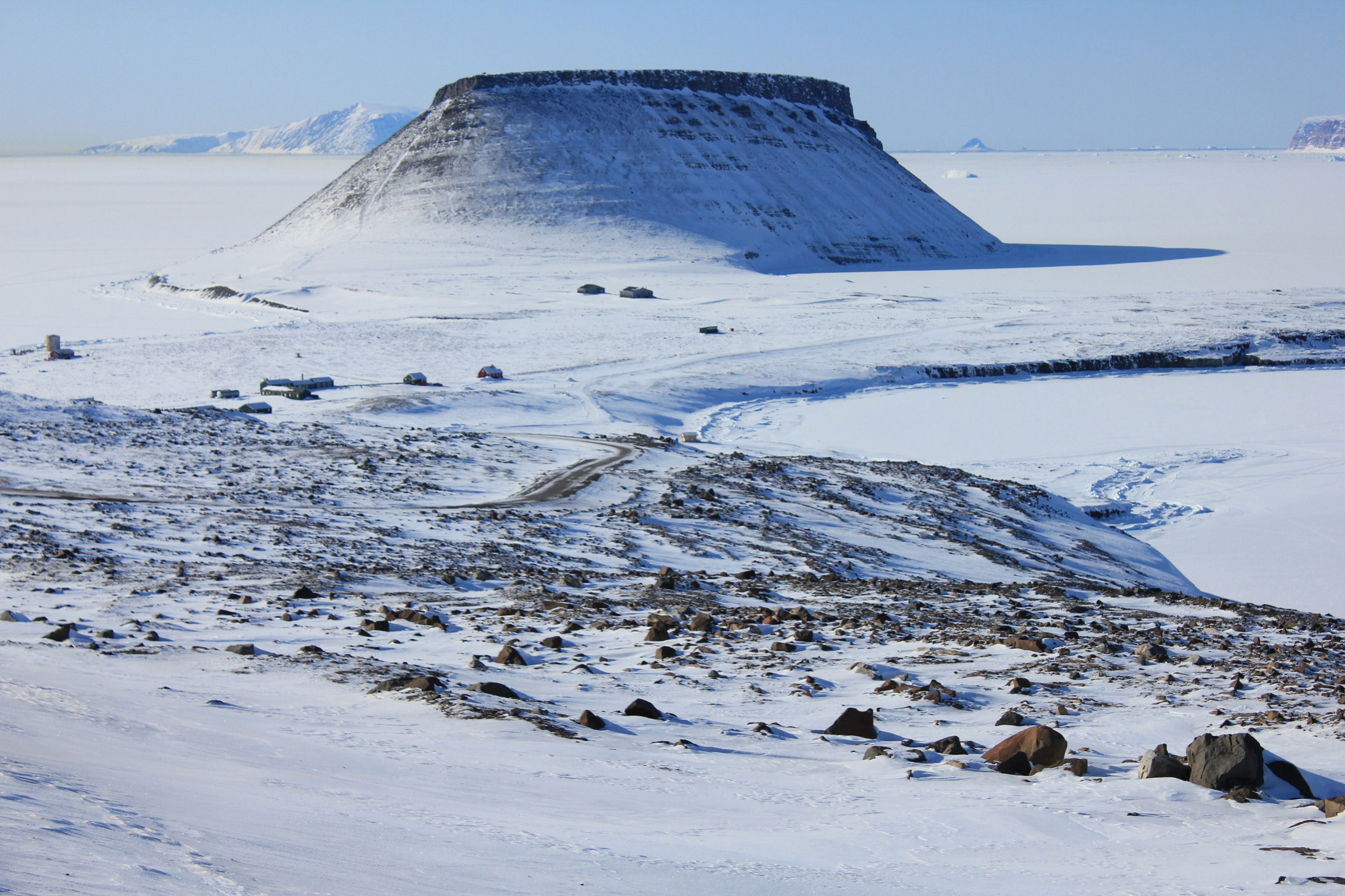 Dundas Mountain Thule Greenland Thule Greenland Cool Pictures