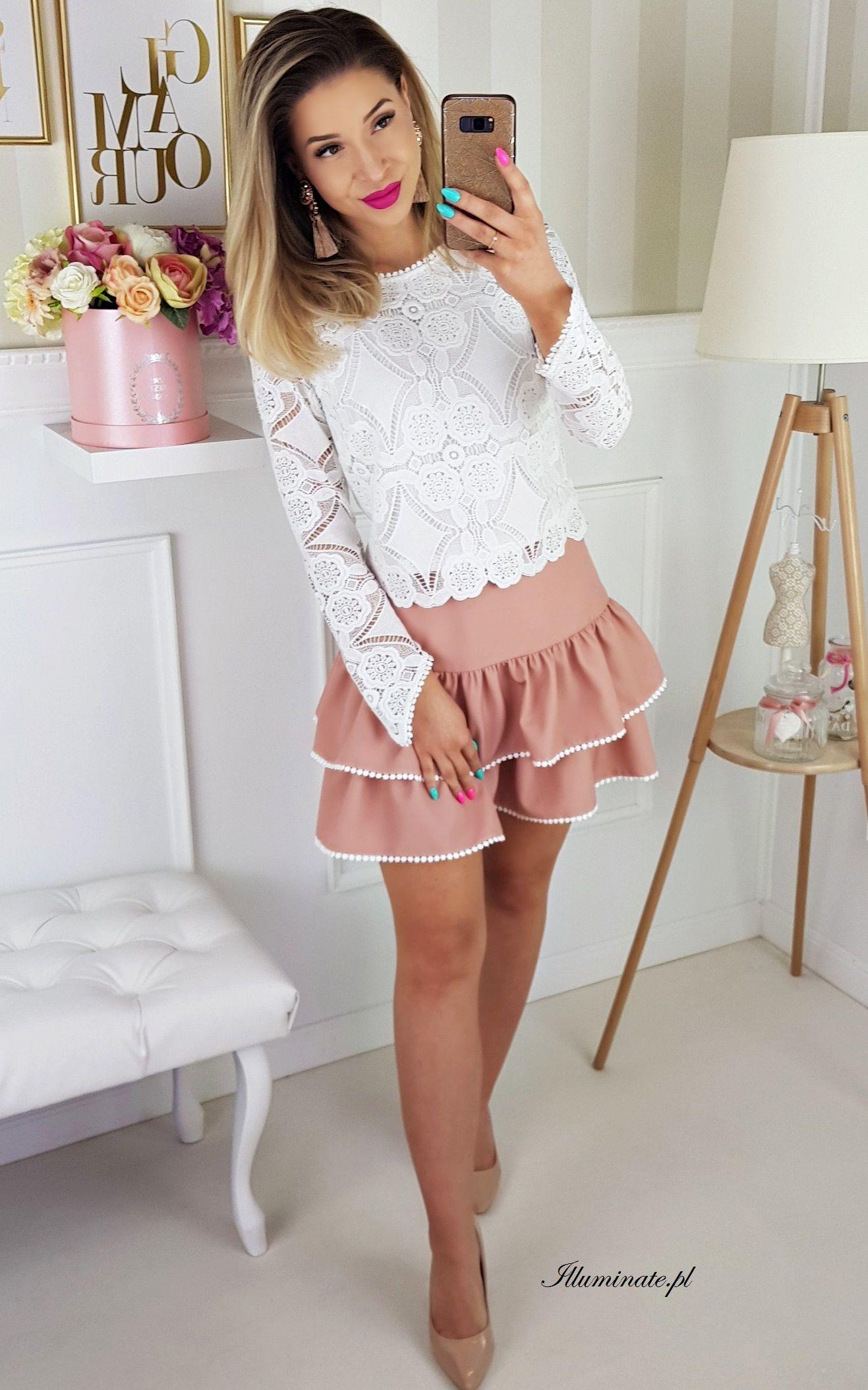 2f73b119d5 Komplet  rozkloszowana spódniczka w kolorze zgaszonego różu + koronkowa  biała bluzeczka Zestaw na komunie ślub urodziny  whitelaceblouse   pinkminiskirt ...