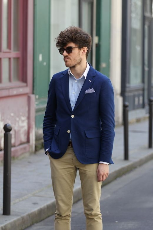 Wear a dark blue blazer jacket and tan chinos to create a smart casual look. 3069db477850