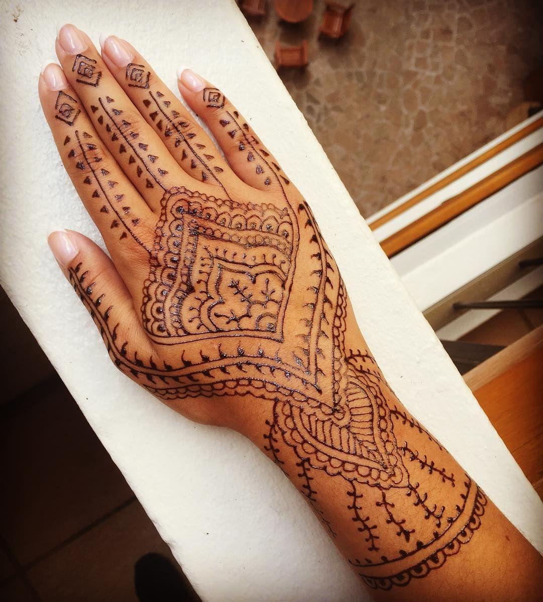 50 Inspirational Designs How Long Do Henna Tattoos Last Vivere