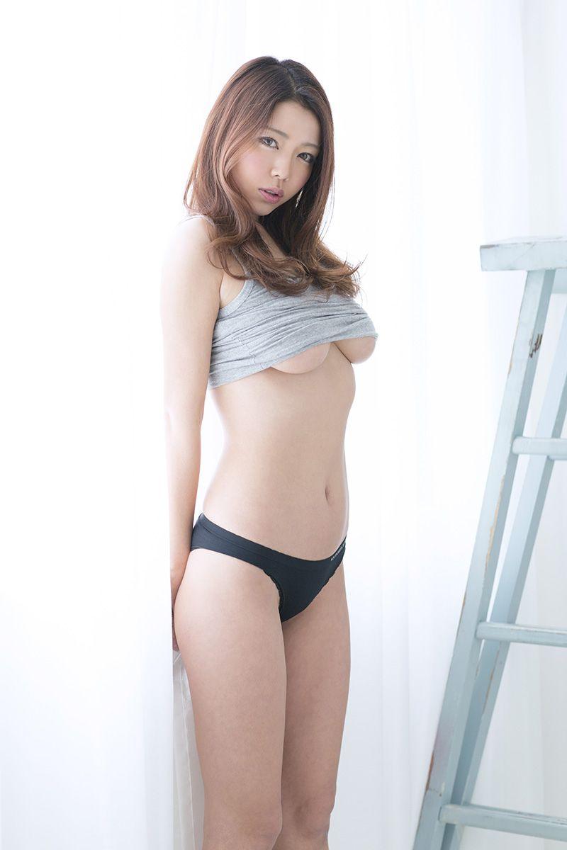 黒木桃子 (Momoko Kuroki) | Momoko Kuroki | Pinterest | Asian, Asian woman and Beautiful asian women