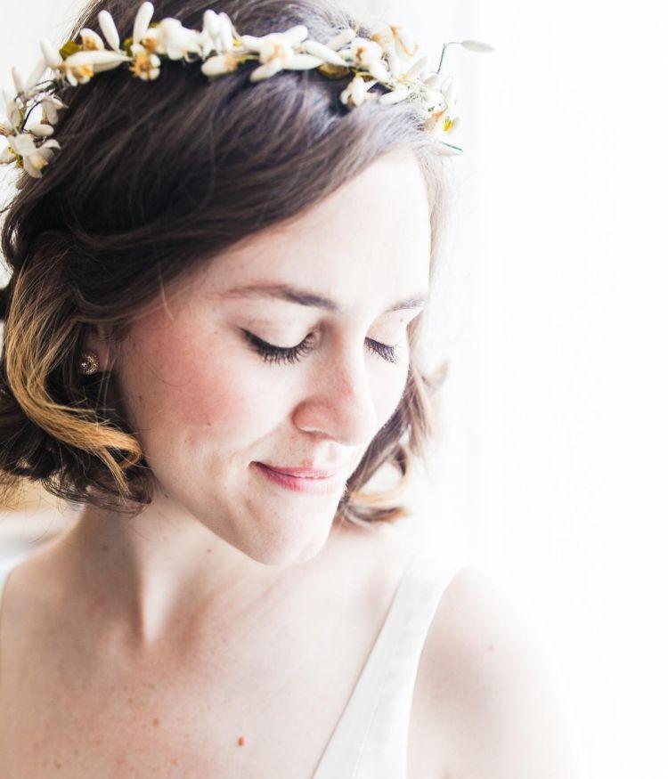 Hochzeitsfrisur kurze haare blumen