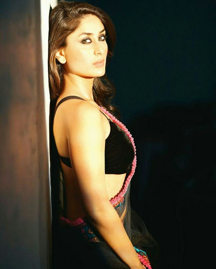 kareena-stripper-free-photos-of-beatiful-pussy-hair