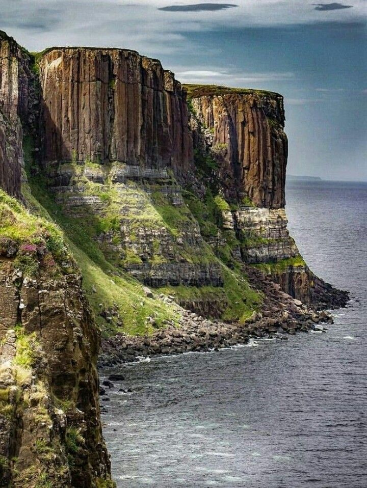 Kilt Rock, Isle of Skye, Scotland. Skye is still definitely on the to do list, just maybe not in February next time! #travelscotland