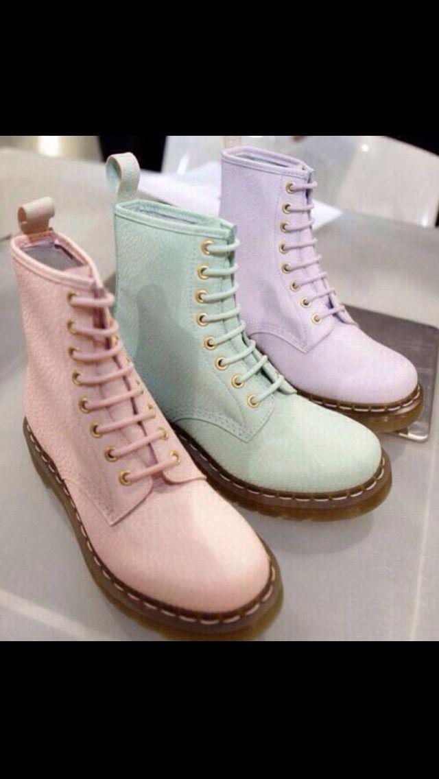 #docs #boots #grunge #fashion #vintage #vintagefashion #pastel #pasteldocs #docmartens #vintagestyle #style #love #indie #indiefashion #indiestyle #beautiful #shoes #footwear