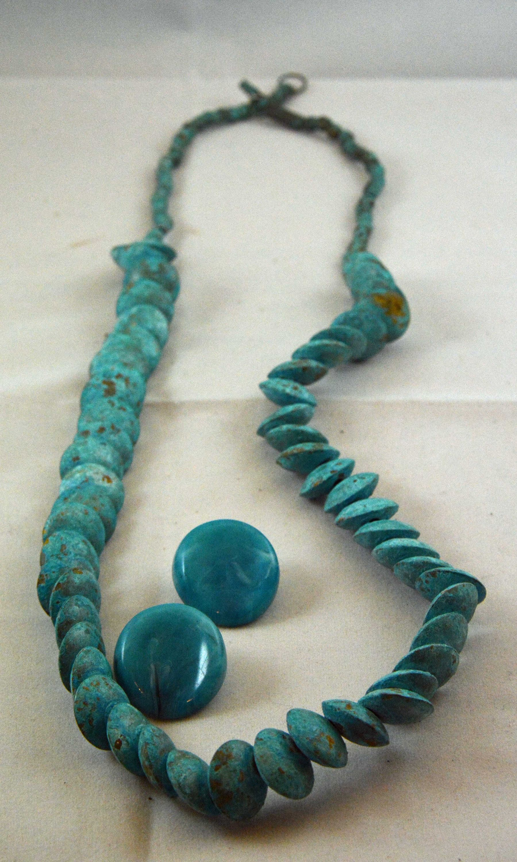 1940S Vintage Faux Turquoise Necklace With Semi Matching Plastic Clip