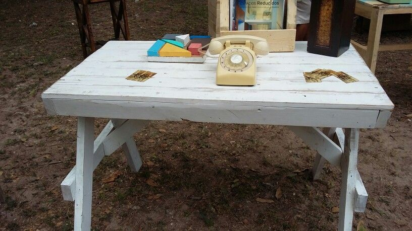 Mesa escritorio de madera reciclada de pallets
