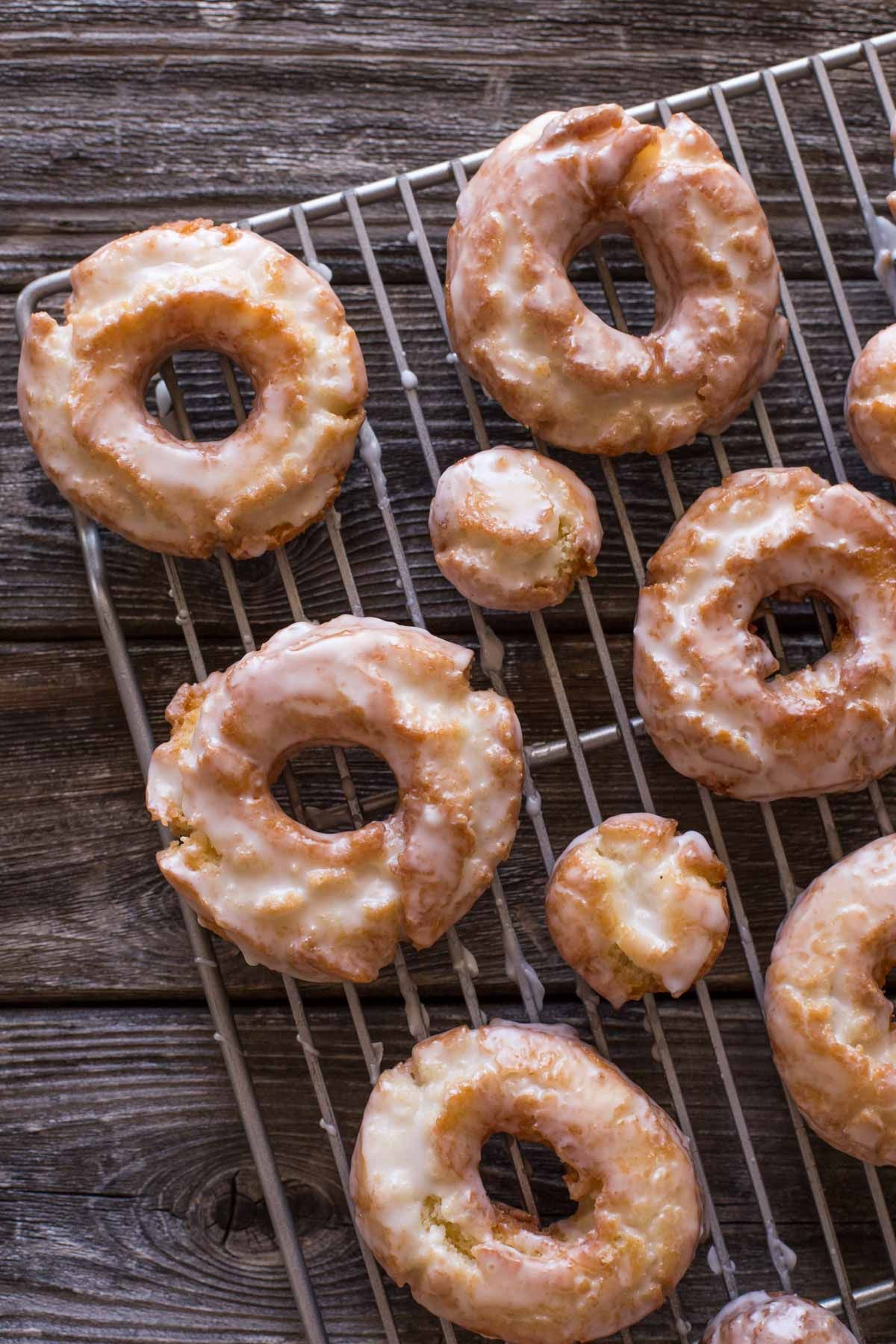 These Old Fashioned Buttermilk Donuts Are All About The Texture They Are Soft And Cakey On The Inside Chicken And Donuts Sour Cream Donut Cake Donuts Recipe