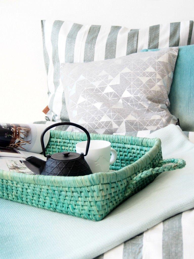 DIY-Spring-Bedroom-Makeover-Juna @monsterscirus