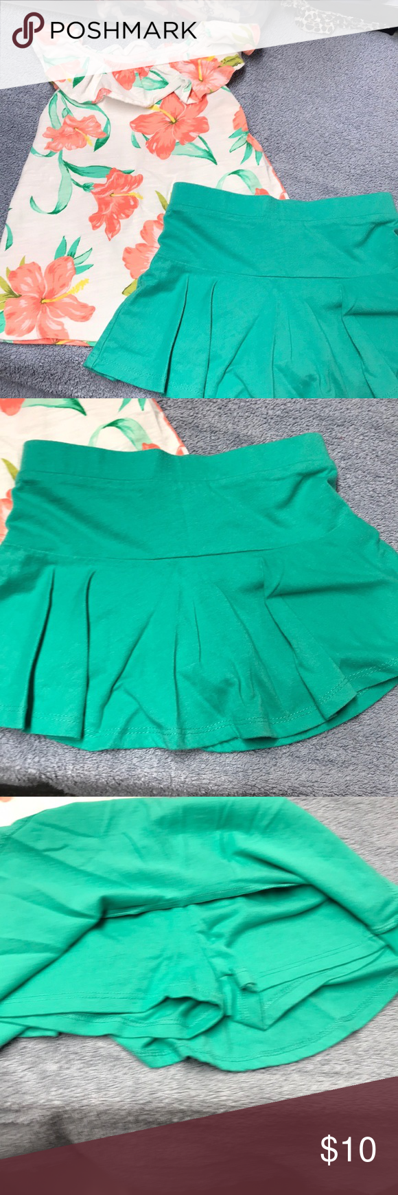 45af655740a5 Orangish Peach Hibiscus Flutter tank outfit EUC Carter's tank with  perfectly matched green okie dokie skort VGUC Carter's Matching Sets