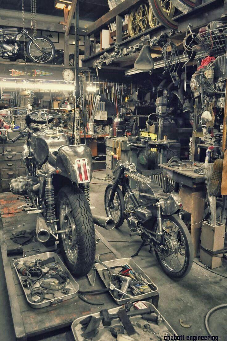 Follow Me Pinterest Com Mrcafer Youtube Mr Cafer Mrcafer Blogspot Com Motorcycle Garage Motorcycle Shop Motorcycle Workshop