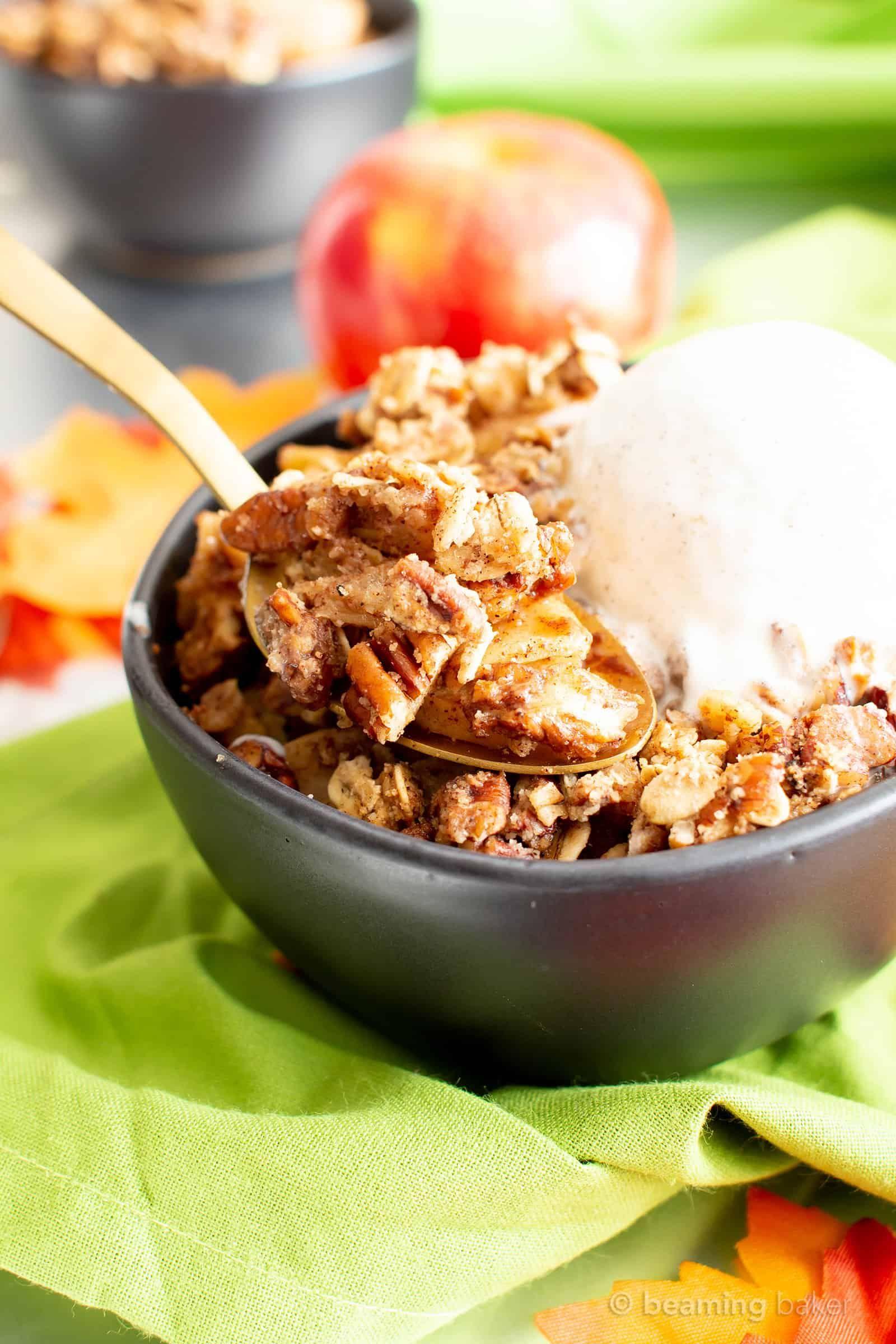 Vegan Gluten Free Cinnamon Apple Crisp with Oats (V, GF