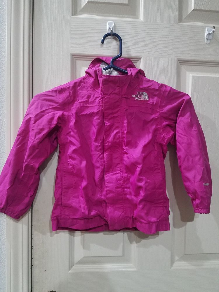 fe3390178 THE NORTH FACE Toddler Girls purple pink Jacket Size 4T rain jacket ...