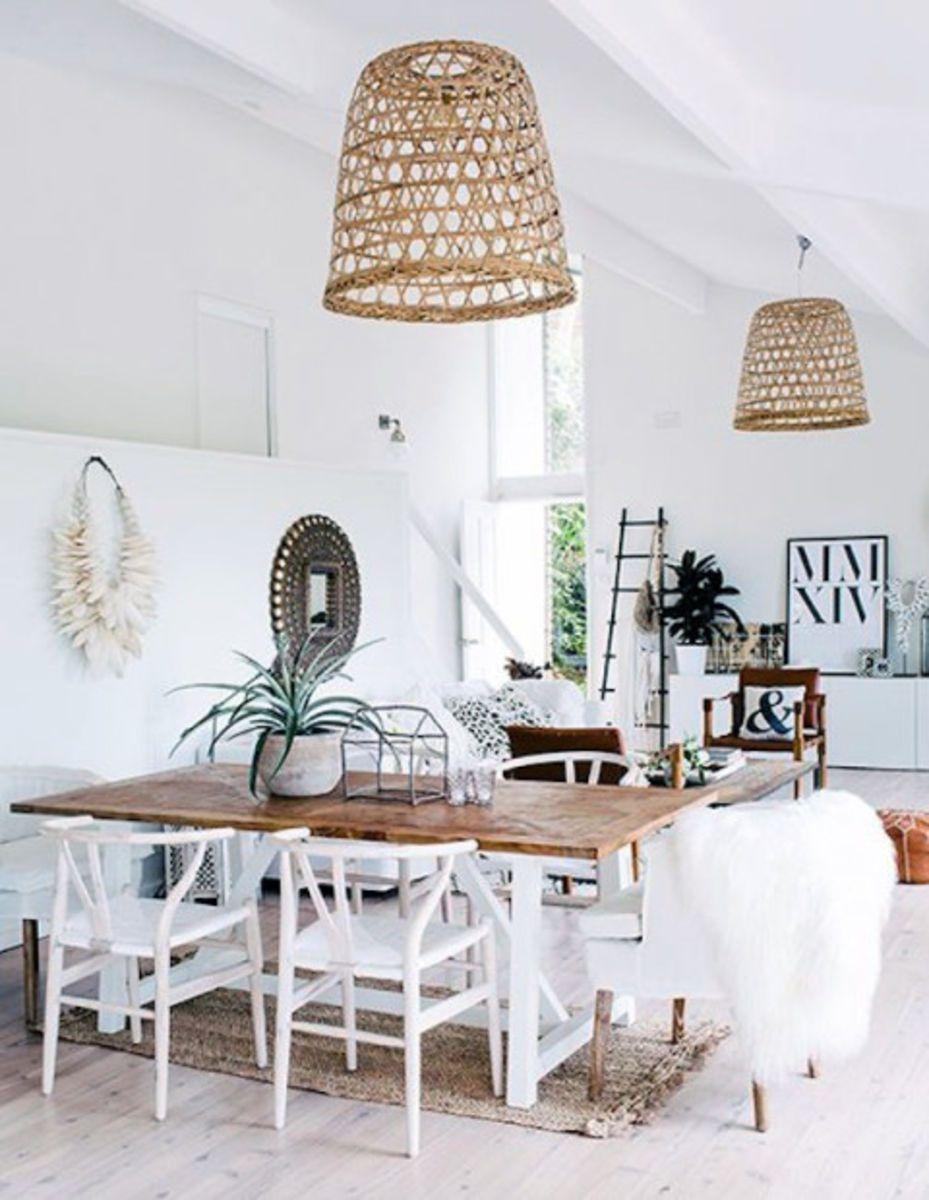 interieur trend scandinavisch interieur natuurlijke materialen lampen stoelen manden in riet rotan bamboe vlas en hout