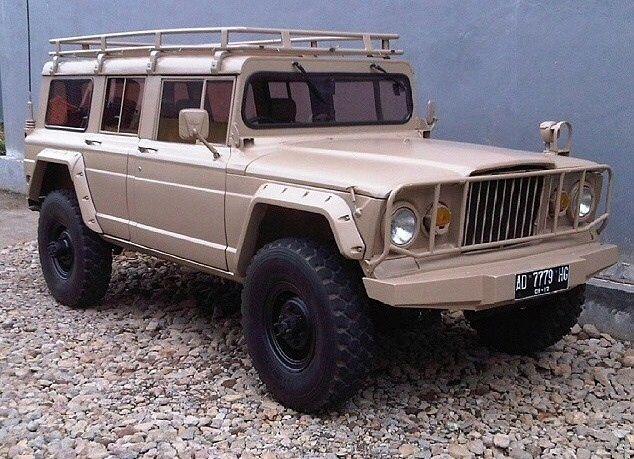 M715 Grand Wagoneer Custom Jeeps Jeep Truck Jeep Wagoneer Jeep