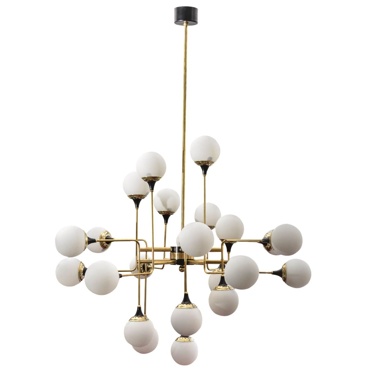 Grand Scale Chandelier In Stilnovo Style
