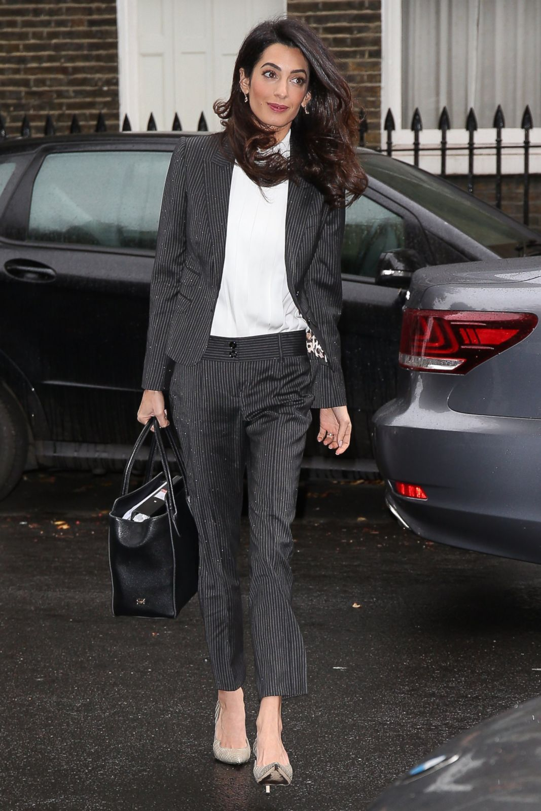5204eb189765 Image result for amal clooney work style