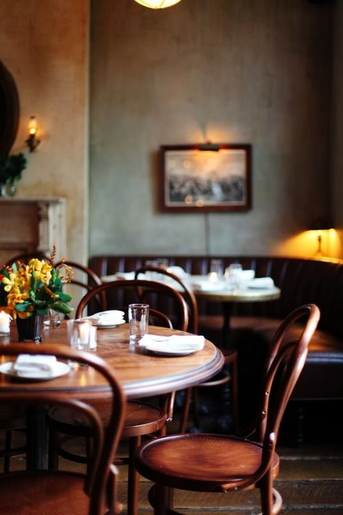 Cafe Interior Inspiration Salle A Manger Chaises Thonet