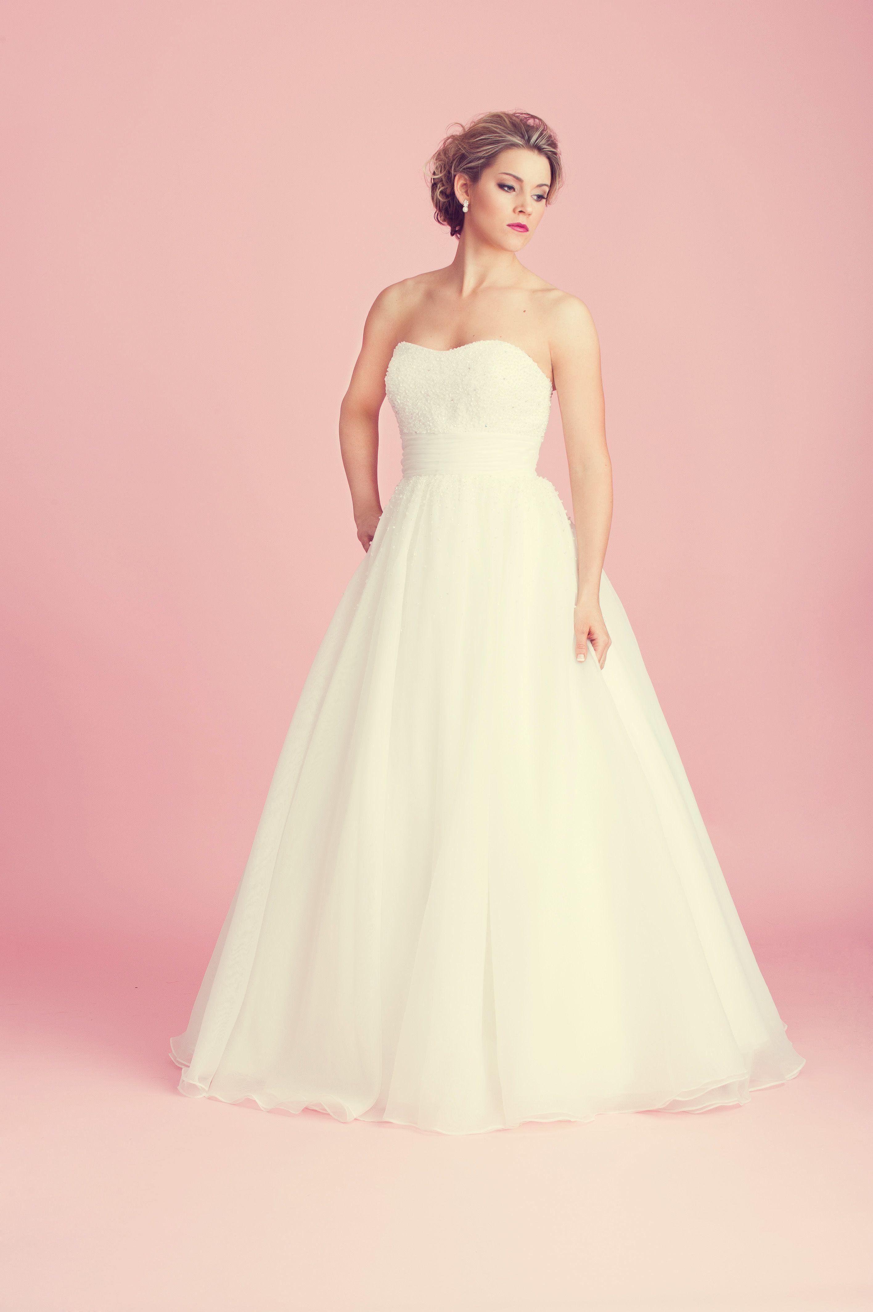 Bonito Vestidos De Novia Essex Galería - Colección de Vestidos de ...