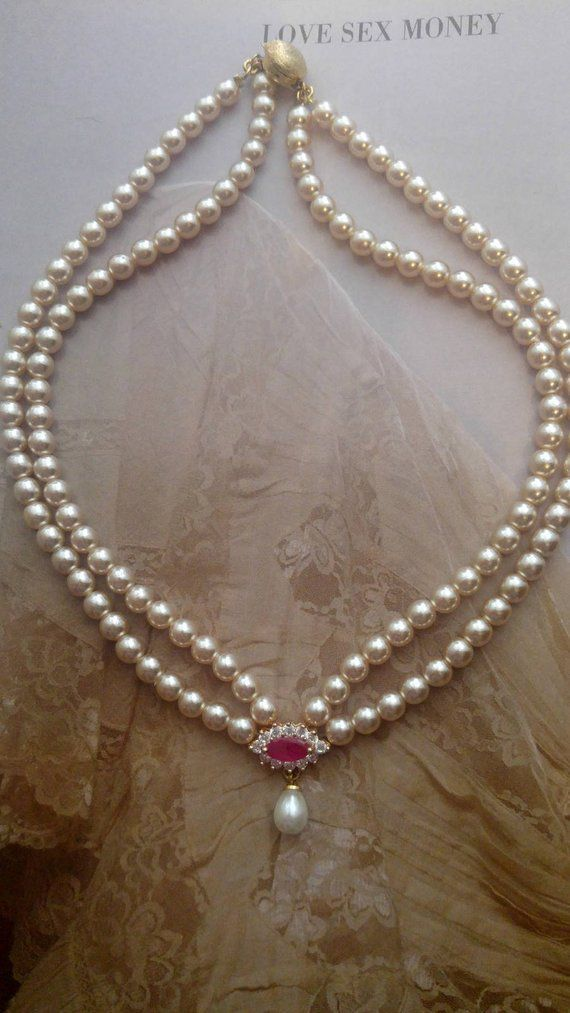 Bridal Pearls Necklace Drop Pearl Ruby vintage Necklace Crystal Rhinestone Gold Bridal Victorian Jew