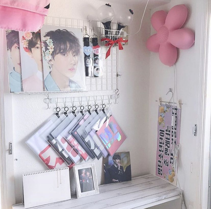 Pin by Danica on bts | Army room decor, Aesthetic room ... on Room Decor Bts id=56942