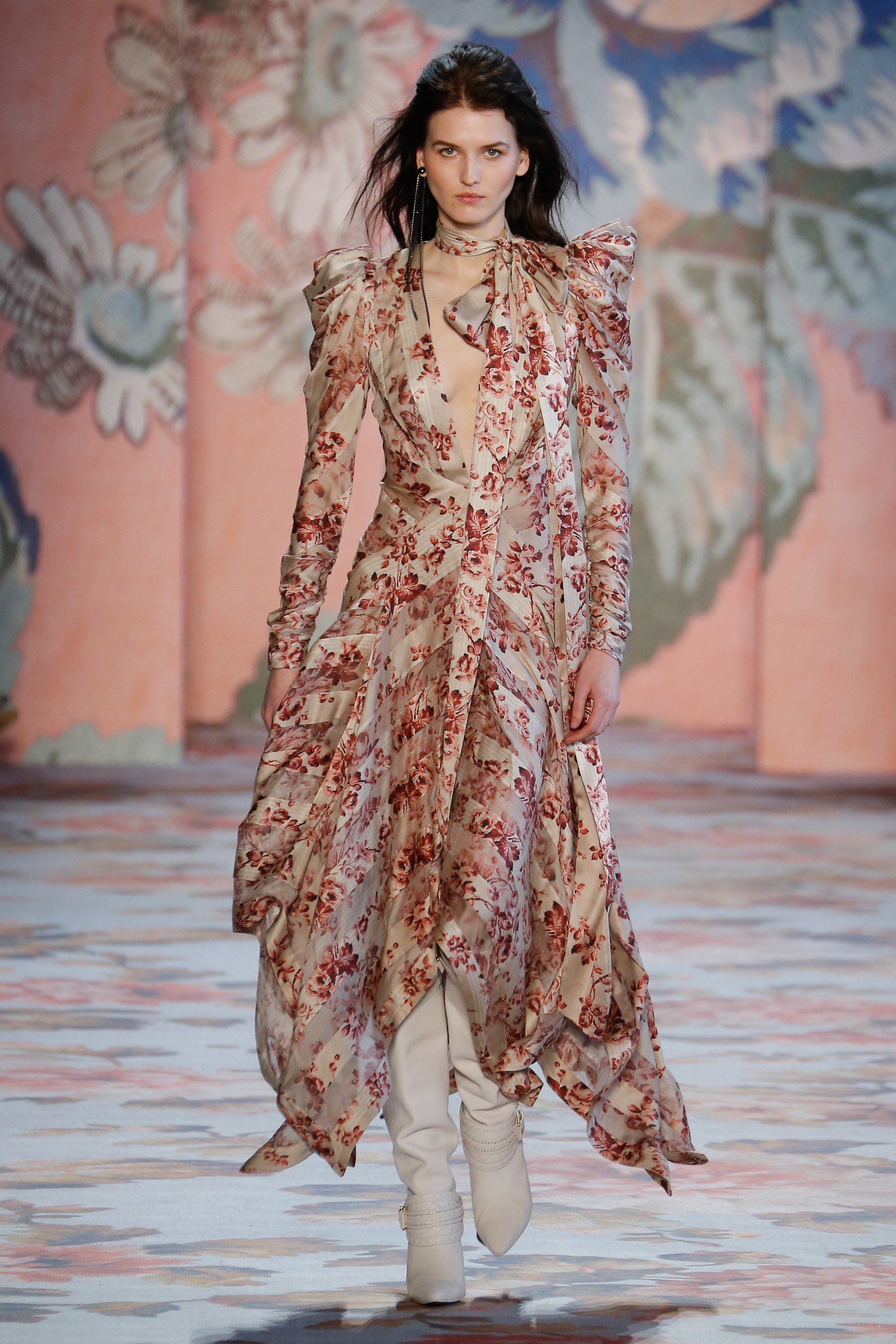 Comprehensive Bohemian Style Interiors Guide To Use In: Zimmermann Fall 2018 Ready-to-Wear Fashion Show