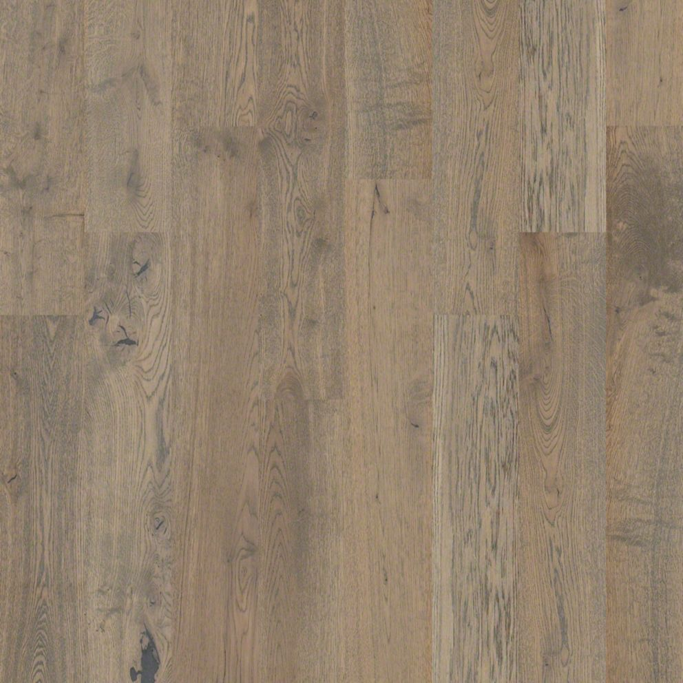 Castlewood Oak Sw485 Armory Hardwood Flooring Shaw Wood Flooring Engineered Hardwood Flooring Oak Hardwood Flooring Hardwood Floors