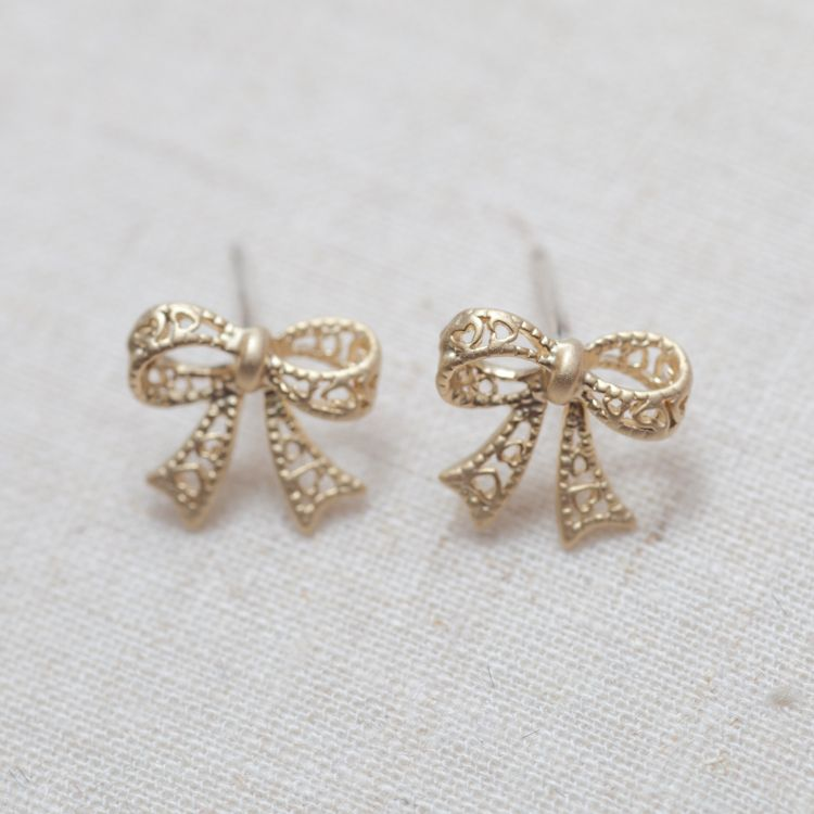 Cute bow Earrings in gold | Anything girlie | Pinterest | Bow ...