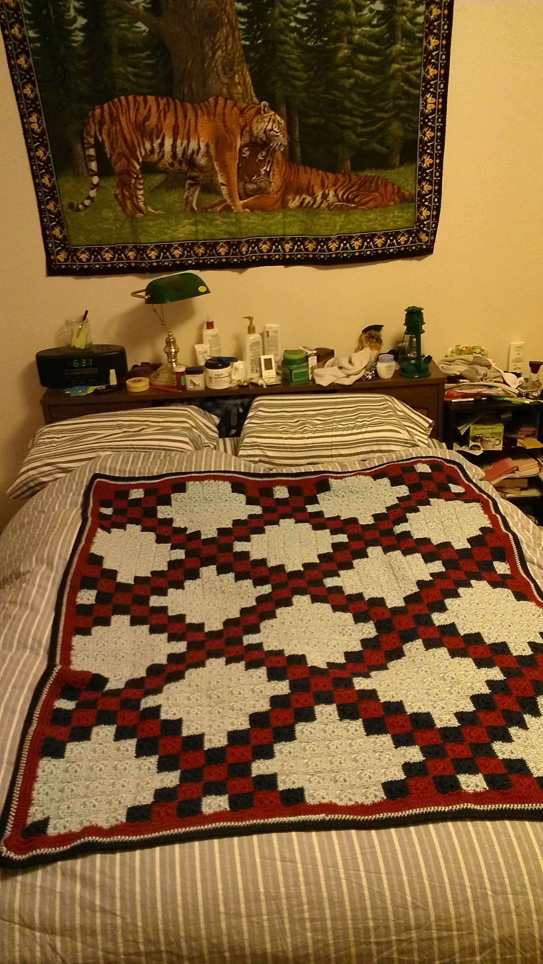 A lap-sized picture afghan I made for my dad.  Double Irish Chain pattern, Christmas 2012.