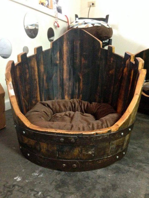 Transformer Un Tonneau En Bar 5 façons de transformer un baril de bois en lit pour chien